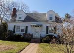 Foreclosed Home in Manchester 06040 GLENWOOD ST - Property ID: 4270741988