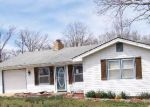 Foreclosed Home in Camdenton 65020 LAKEVIEW DR - Property ID: 4271408123
