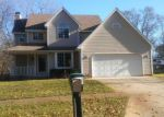 Foreclosed Home in Fenton 48430 BLUE HERON DR - Property ID: 4272414149
