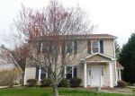 Foreclosed Home in Greensboro 27407 HICKORY KNOLL CT - Property ID: 4274181384