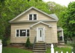 Foreclosed Home in Waterbury 06708 ROBBINS ST - Property ID: 4276374765