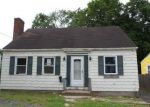 Foreclosed Home in Manchester 06042 CAMBRIDGE ST - Property ID: 4276396211
