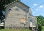 Foreclosed Home in Creston 50801 N MAPLE ST - Property ID: 4277090405