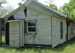 Foreclosed Home in Yorktown 78164 E 4TH ST - Property ID: 4277984307