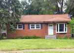 Foreclosed Home in Waterford 48329 OAKDALE DR - Property ID: 4278486221