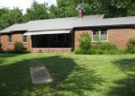 Foreclosed Home in Florence 35633 AMLETT RD - Property ID: 4279004353