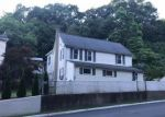 Foreclosed Home in Bloomingdale 07403 REEVE AVE - Property ID: 4280020902