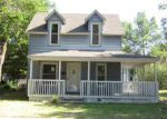 Foreclosed Home in Newton 67114 SE 2ND ST - Property ID: 4280809242