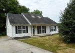 Foreclosed Home in Greensboro 27406 MEADOWCROFT RD - Property ID: 4281923897