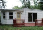 Foreclosed Home in Greenwood Lake 10925 STELLAR DR - Property ID: 4281954100