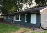 Foreclosed Home in Carbondale 62901 S HANSEMAN ST - Property ID: 4282618514