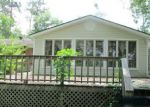 Foreclosed Home in Richlands 28574 LUTHER BANKS RD - Property ID: 4283171232