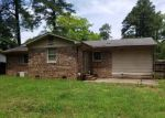 Foreclosed Home in Fayetteville 28306 COLUMBINE RD - Property ID: 4283173881
