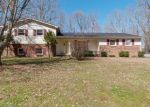 Foreclosed Home in Oneida 37841 SAND CUT RD - Property ID: 4285334843