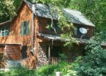Foreclosed Home in Elizabeth 61028 S APPLE RIVER RD - Property ID: 4286080706
