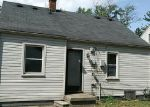 Foreclosed Home in Dearborn Heights 48125 STANFORD ST - Property ID: 4286296624