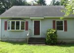 Foreclosed Home in East Windsor 06088 4TH ST - Property ID: 4287545729