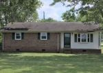 Foreclosed Home in Lawrenceburg 38464 MATTOX RD - Property ID: 4287867639