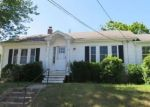Foreclosed Home in Cranston 02910 DAVIS AVE - Property ID: 4288163708