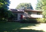 Foreclosed Home in Narragansett 02882 WEST BAY DR - Property ID: 4288166329