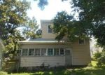 Foreclosed Home in Osawatomie 66064 CHESTNUT ST - Property ID: 4288927983