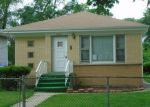Foreclosed Home in Melrose Park 60160 N 33RD AVE - Property ID: 4289106219
