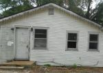 Foreclosed Home in Mascoutah 62258 S 1ST ST - Property ID: 4289127244
