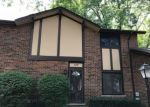 Foreclosed Home in Villa Park 60181 BUCKINGHAM LN - Property ID: 4289183301