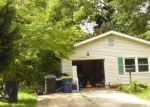 Foreclosed Home in Dover 19904 FIDDLERS GRN - Property ID: 4289352813