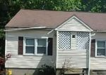 Foreclosed Home in Waterbury 6706 MIDDLE ST - Property ID: 4289365504