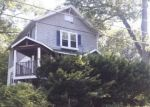 Foreclosed Home in Waterbury 6708 PARK RD - Property ID: 4289393988