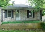 Foreclosed Home in Richmond 40475 WESTOVER AVE - Property ID: 4289833255