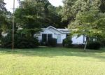Foreclosed Home in Sanford 27332 FARMSTEAD DR - Property ID: 4290236189