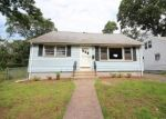 Foreclosed Home in West Haven 6516 MAY ST - Property ID: 4290427147