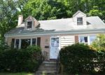 Foreclosed Home in Hamden 06518 EVERGREEN AVE - Property ID: 4290439414
