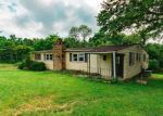 Foreclosed Home in Front Royal 22630 FLYNN DR - Property ID: 4290473583