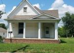 Foreclosed Home in Sullivan 47882 W JOHNSON ST - Property ID: 4290650520