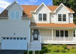 Foreclosed Home in East Haven 06512 SHOREHAM RD - Property ID: 4290797235
