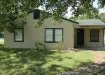 Foreclosed Home in Edna 77957 W CYPRESS ST - Property ID: 4291421355