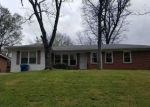 Foreclosed Home in Fairfield 35064 GLEN OAK DR - Property ID: 4292814552