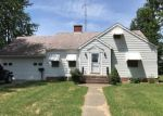 Foreclosed Home in Greenfield 62044 WALNUT ST - Property ID: 4293054565