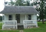 Foreclosed Home in Taylorville 62568 W HEWITT ST - Property ID: 4293612993