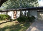 Foreclosed Home in Holton 66436 CHEROKEE DR - Property ID: 4294221768