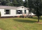 Foreclosed Home in Russell Springs 42642 LAKE TRAIL LAND - Property ID: 4294246732