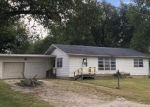 Foreclosed Home in Casey 62420 NE 13TH ST - Property ID: 4297005974