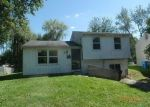 Foreclosed Home in Toledo 43607 HEATHSHIRE DR - Property ID: 4297321748