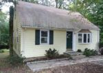 Foreclosed Home in Fairfield 06825 BLACK ROCK TPKE - Property ID: 4298285275