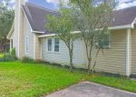 Foreclosed Home in La Place 70068 MATTHEW DR - Property ID: 4298566915