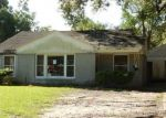 Foreclosed Home in Lake Charles 70601 8TH ST - Property ID: 4298577409