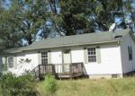 Foreclosed Home in Dunn 28334 MA KITCHEN RD - Property ID: 4299110874